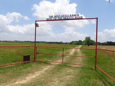 3BR 2-1/2 BA Country Home on 48.34 acres located in SE Milam County, TX