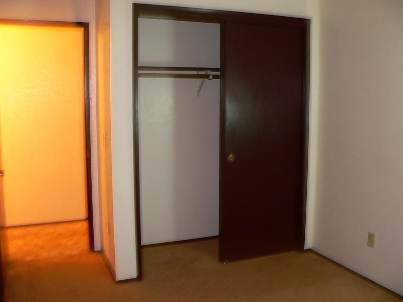 SE bedroom