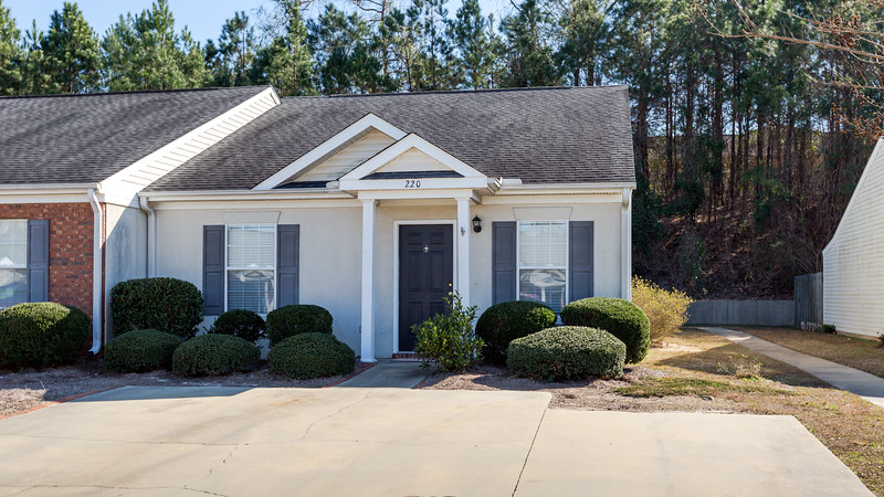 For sale in Waverly Court - 220 Waverly Court, LExington SC 29072