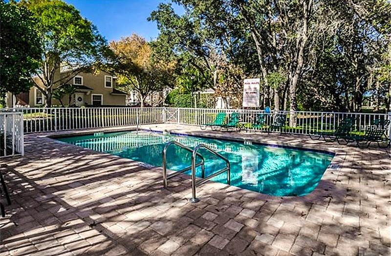 2216-pool