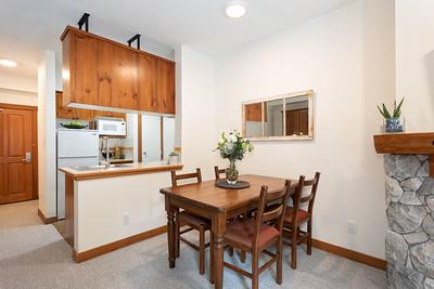 L223 Dining Kitchen