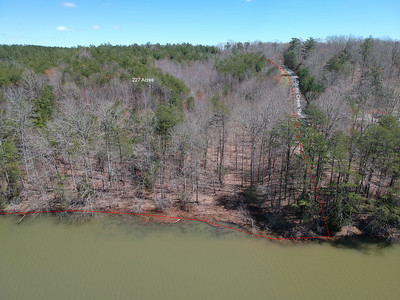 228 acres fronting Leesville Lake