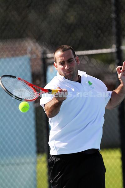 23-8-14. Maccabi tennis Grade 3 Pennant def Kooyong.  Asaf Nagar. Photo: Peter Haskin