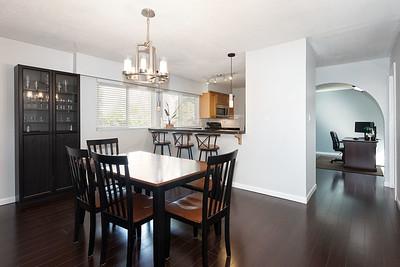 2576 Dining Kitchen 1
