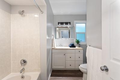 2576 Bath 2
