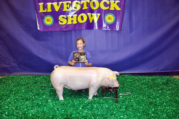 Maddison Walker, Red Oak, Reserve Chmapion Chester White