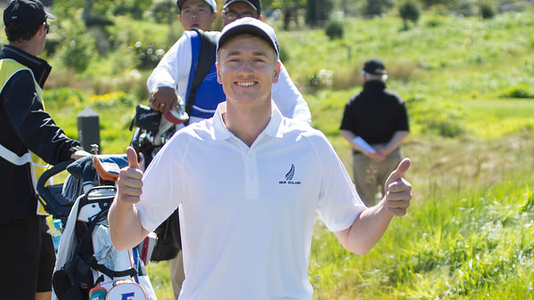 Nick Voke looking relaxed after playing the 4th hole (par 5) on Day 3 of the Asia-Pacific Amateur Championship tournament 2017 held at Royal Wellington Golf Club, in Heretaunga, Upper Hutt, New Zealand from 26 - 29 October 2017. Copyright John Mathews 2017.   www.megasportmedia.co.nz