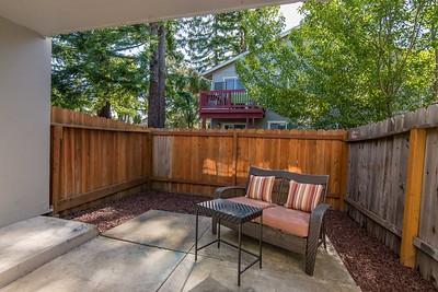 DSC_4392_back_patio