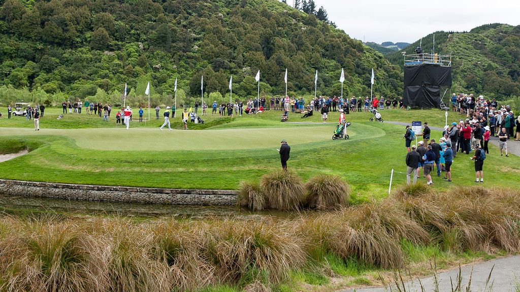 One of the leading groups putting out on the 4th green on the  final day of the  the Asia-Pacific Amateur Championship tournament 2017 held at Royal Wellington Golf Club, in Heretaunga, Upper Hutt, New Zealand from 26 - 29 October 2017. Copyright John Mathews 2017.   www.megasportmedia.co.nz