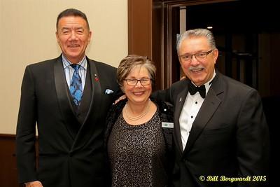 Tom Jackson with Food Bank co-chairs Marjorie Bencz & Gene Zwozdesky - Huron Carole Gala 2015 195
