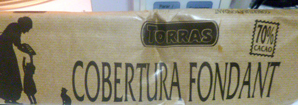 Cobertura Fondant chocolate bar (it's 70% Cacao!!  I ALWAYS find it at Mas x Menos & most stores in the baked goods area.  AutoMercado can be a hit or miss on it -