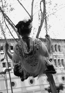 Columpio Volando muyyyyyy alto ... en el día grande de la ciudad  Autor:MARIA ELENA MURCIA COLL