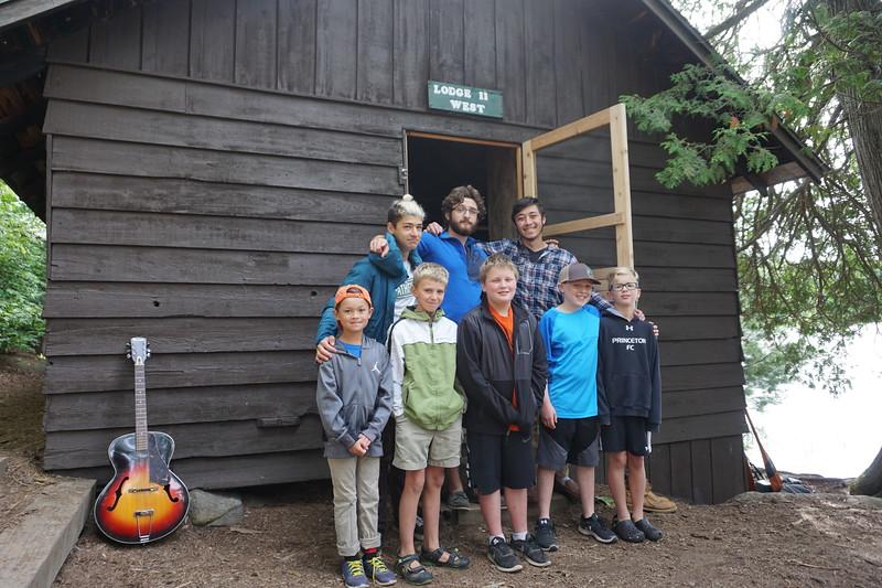 Lodge II W