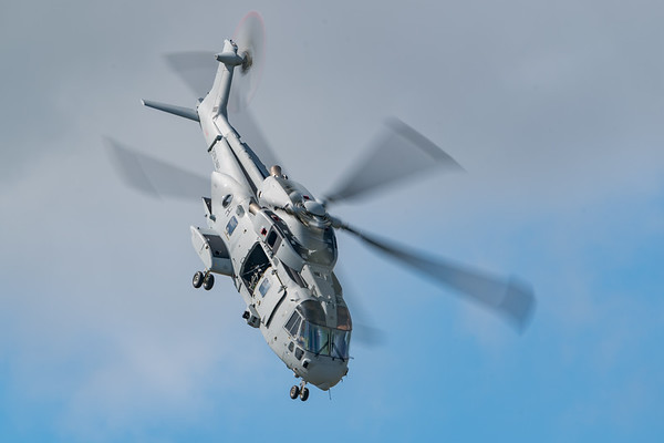 Arrivals Day, Yeovilton Air Day 2-`9 - 12/07/2019@10:32