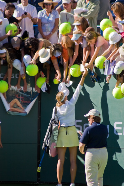 Autograph Seekers and Maria Sharapova