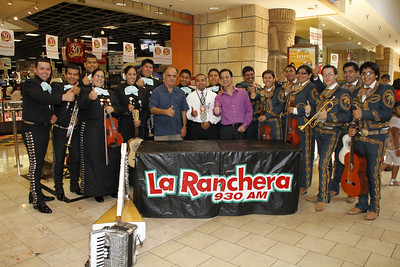 "Panorama Mall in partnership with La Curacao, welcomed over 500 guests during its first ""Nuestro Mariachi Contest"". The winning group from the competition will receive a one-year contract to play at Panorama Mall on Sundays and special occasions.  The event, hosted by Francisco Verdin ""La Voz Del Valle"", in Center Court was filled with serenades accompanied by the colorful sounds of violins, trumpets, guitars, harp, accordion and more from participants Mariachi Palmeros and Mariachi Aguila Azteca. Each group performed 15 minutes of their best material during the competition, and the crowds demanded encore for both groups. The event also featured a radio remote and prizes from La Ranchera an930 AM and additional raffle prizes courtesy of Panorama Mall and Domino's Pizza."