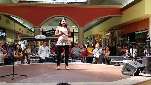 VIDEO CLIP  7-7-2014  FLOR AQUIRRE