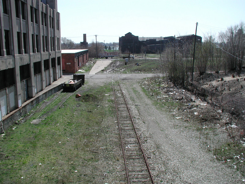 Prior to trail development, the southern end of the corridor connects to the Detroit waterfront, but is not an amenity.<br /> <br /> The Dequindre Cut is a 1.2 mile rail-trail that connects the Detroit waterfront to several residential and commercial areas. This project converted an abandoned, derelict railroad corridor into a greenway, preserving the right-of-way for transportation use and creating a valuable amenity for the city and for travelers. A $2 million federal TE award in 2004 leveraged a local match of over half a million dollars to construct the first segment of the trail. The full right-of-way is over four miles long, and an extension to the first segment is already under construction.