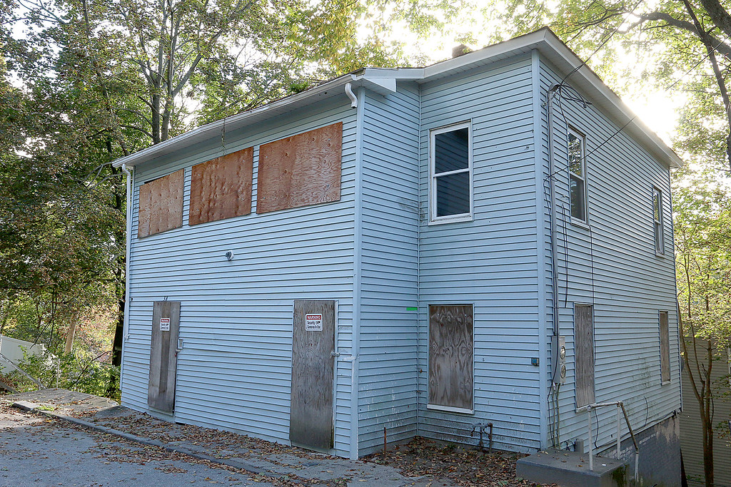 . Since January 1, 2017 owners and investors in Fitchburg have submitted requests to reinstate the previously vacant or abandoned buildings listed. Reinstatement allows owners to sell or use properties. This property is at 38 Omena Street. SENTINEL & ENTERPRISE/JOHN LOVE