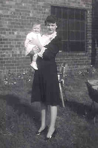 Aunt Annie and Patsy 1943