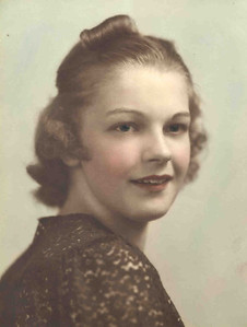 4  Mom - Vivian Warfield -  Tinted