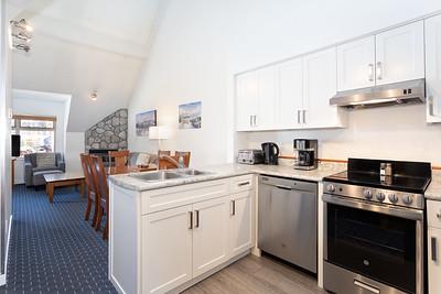 L305 Kitchen Living