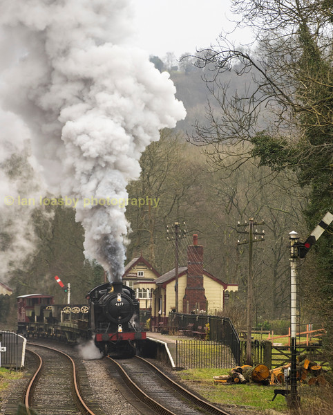 Powering through Consall Forge station