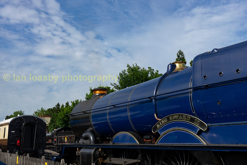 Pure Great Western nostalgia a King ,  manor and coaching stock