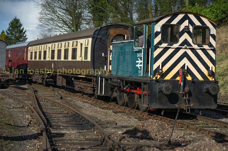 The railways 1960 vintage 'Class 04' shunter the ex D2310 ;  04 110 shunts within the sation limits at Shacklestone