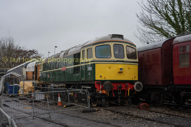Ex Br class 33, D6508 'Eastligh ' one of the railways servacble diesels stabled at shacklestone