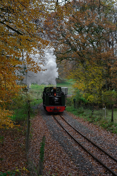 Now with water tanks replenished time for another run past in the woods at Troedrhiwfelen