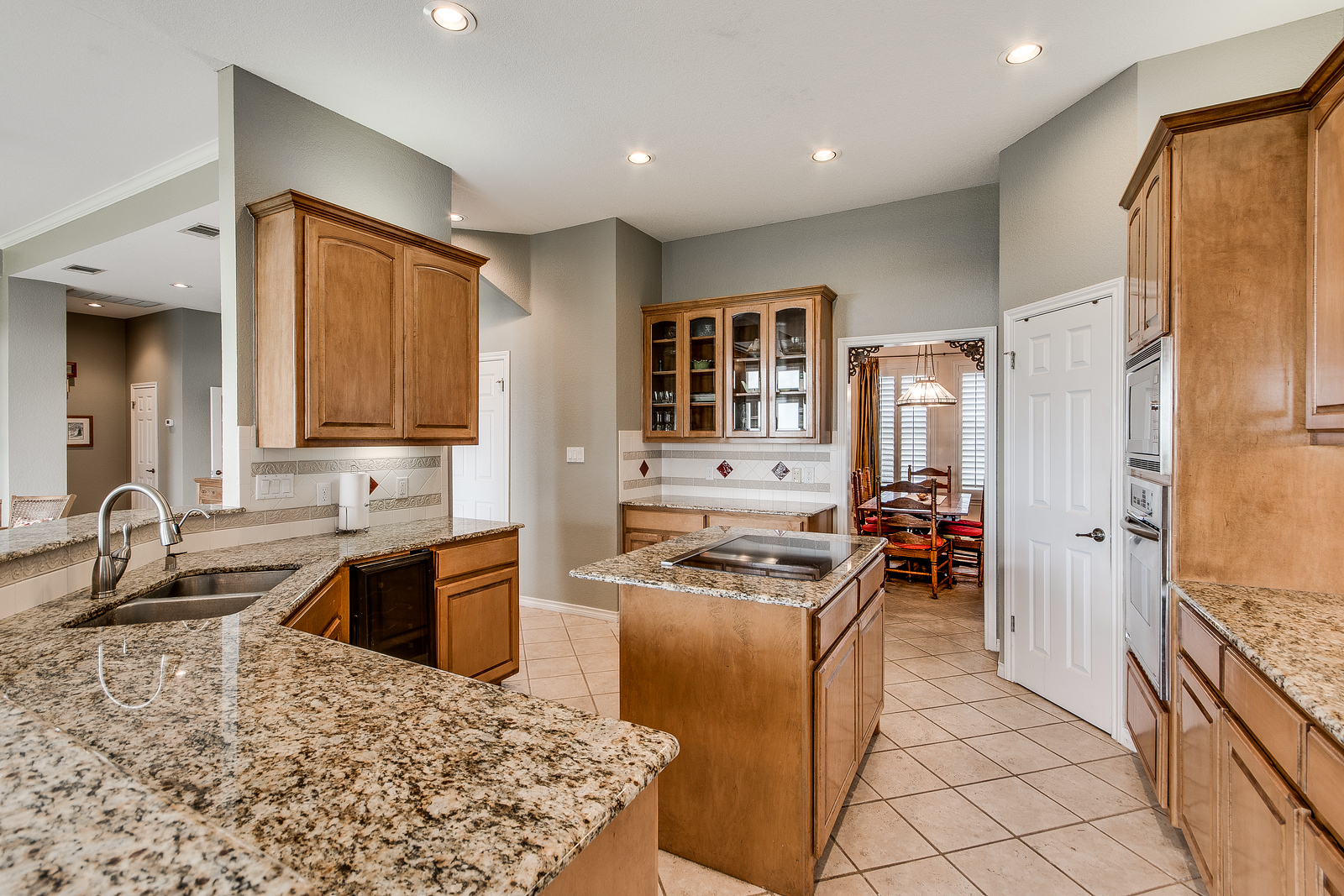 33104 Equestrian way acreage home Georgetown TX