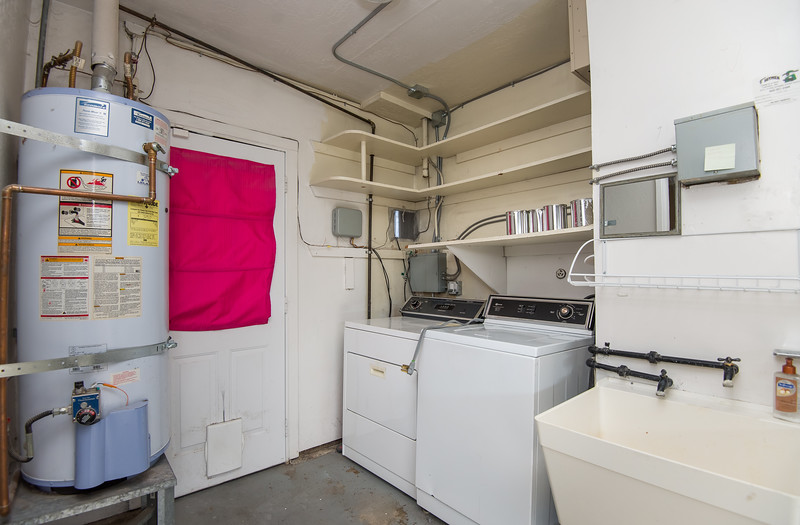 DSC_3734_laundry