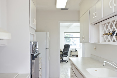 3115-Ocean-Drive---Apartment-October-26,-2011-LR-36-Edit