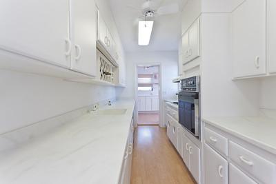 3115-Ocean-Drive---Apartment-October-26,-2011-LR-25