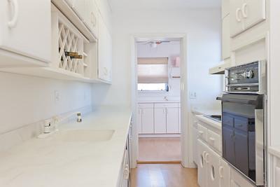 3115-Ocean-Drive---Apartment-October-26,-2011-LR-26