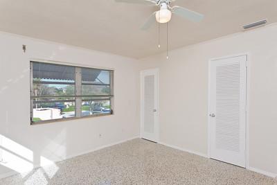 3115-Ocean-Drive---Apartment-October-26,-2011-LR-70