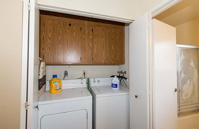 DSC_4593_laundry