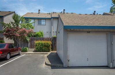DSC_4686_garage_gate