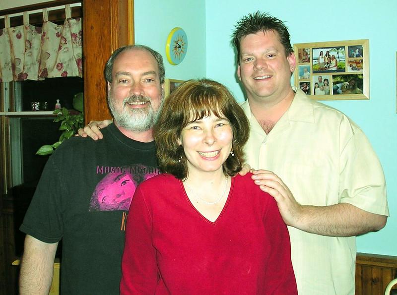 30-Mark,Patty & Kieth-5-04