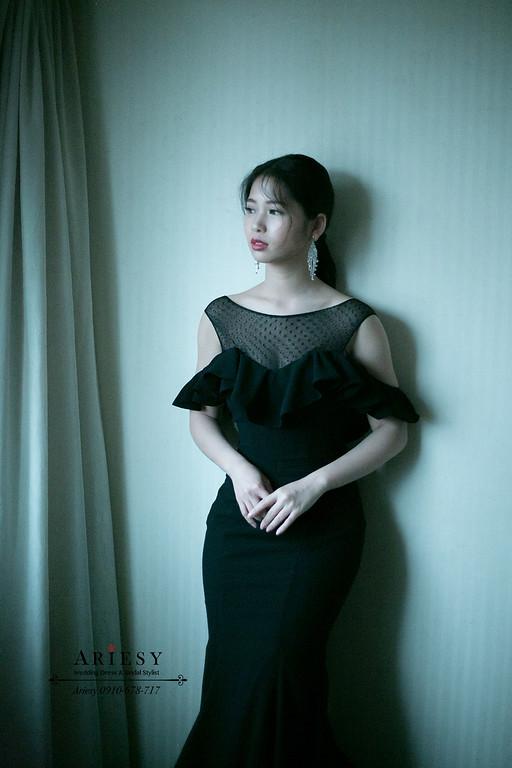 時尚油頭髮型,愛瑞思,Ariesy,新娘秘書,新秘推薦,黑色禮服新娘造型