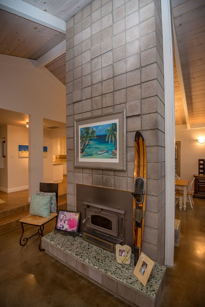 DSC_1434_fireplace