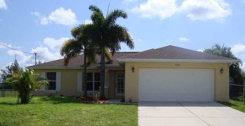 GORGEOUS CAPE CORAL POOL HOME FEATURING 3 BEDROOMS, 2 BATHROOM,2 CAR GARAGE, SOLAR HEATED POOL WITH EASTERN EXPOSURE TO ENJOY BEAUTIFUL SUNRISES. MATURE PRIVATE LANDSCAPING. VERY MODERN AND RECENTLY UPGRADED AND UPDATED WITH NEW PAINT INSIDE AND OUT WITH MANY OTHER GREAT INTERIOR FEATURES. CERAMIC TILES THROUGHOUT THE HOME, ONE BEDROOM WITH NEW CARPET, OUTSTANDING HOME!  YOU WILL NOT BE DISAPPOINTED. THIS HOME IS BETTER THAN NEW! DON'T MISS OUT ON THIS GREAT HOME.