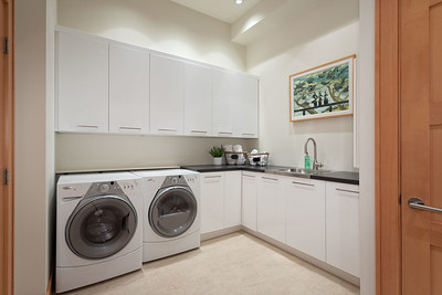 3335 Laundry Room