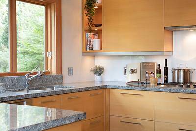 3335 Kitchen Detail 1