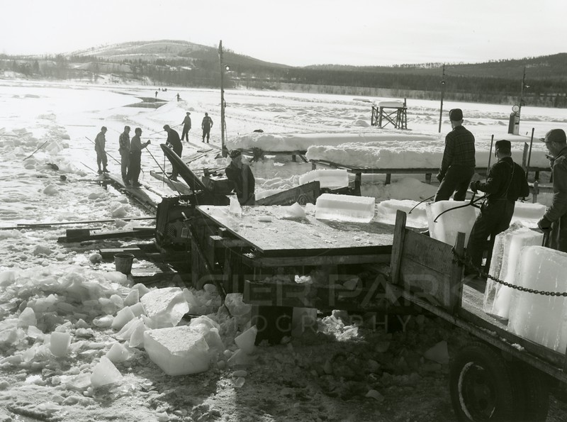 Collecting ice for the ice house