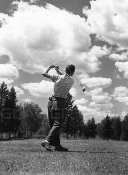 Golfing in the 40's.   If a slice of life is what you want, do not get hooked on golf.  Your future will not be straight and narrow.<br /> L0154