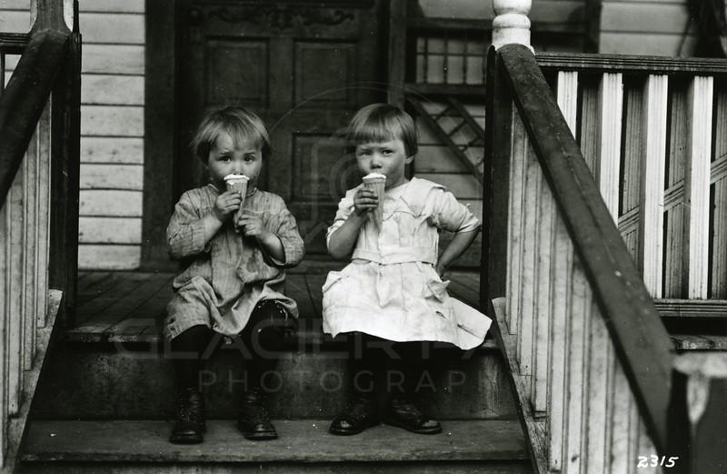 Ferde Greene Photo<br /> 5/29/1920, Malvin & Ruby Greene, Columbia Falls, Montana<br /> 2315