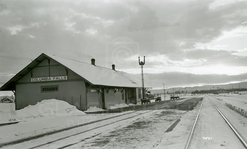 Ferde Greene Photo, 2/14/1937, Columbia Falls Depot