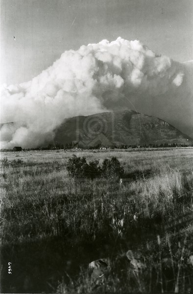 Ferde Greene Photo<br /> 8/20/1929 Teakettle fire started from the old Shay Engine that now is at the end of Nucleus<br /> 6465